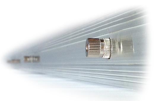 панель с микрораспылителями